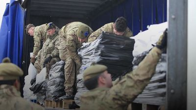 Storm Dennis: Soldiers deployed to help flood-hit communities