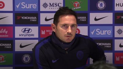 Lampard questions 'confusing' VAR after Chelsea lose 2-0 to Manchester United