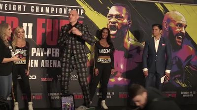 Fury ready for 'war' against Wilder in Las Vegas