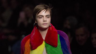 Cara Delevingne closes Christopher Bailey's last Burberry show