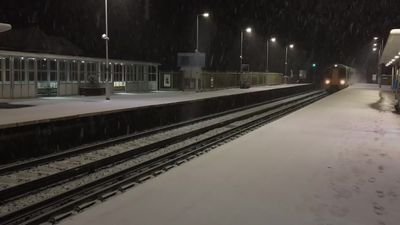 Commuters disrupted by heavy snowfall across the UK
