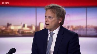 Second Cummings lockdown trip 'not true', says Grant Shapps