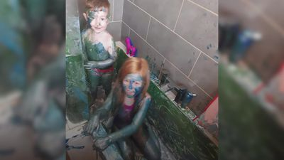 Mum's horror as kids turn bathtub into giant paint pot