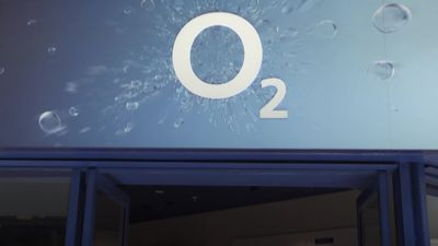 O2 prepares to reopen high street stores