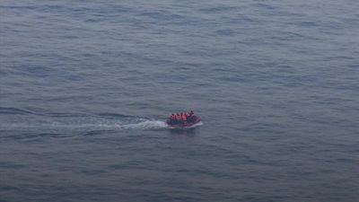 Migrants attempt dangerous crossing in the English Channel