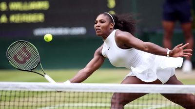 Wimbledon Day Five: Roger Federer and Serena Williams through