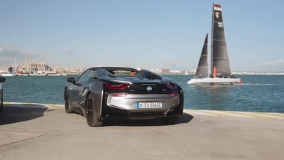 BMW updates i8, adds Roadster to its line-up