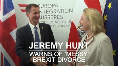 Jeremy Hunt warns of 'messy divorce' if Brexit talks break down