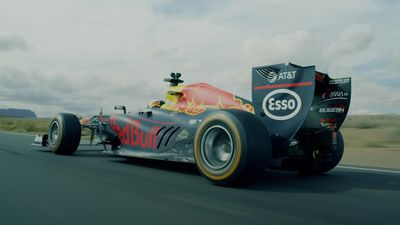 Red Bull goes on US F1 road trip