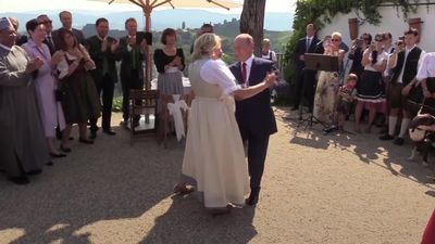 Vladimir Putin dances with Austrian foreign minister