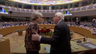 Theresa May and Jean-Claude Juncker in deep discussion ahead of Brexit meeting