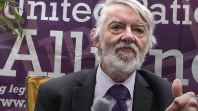 Veteran Labour MP Paul Flynn dies aged 84
