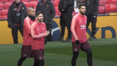 Barcelona train at Old Trafford ahead of Man Utd match