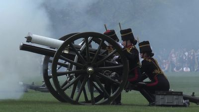 King's Troop Royal Horse Artillery mark Queen's 93rd birthday with 41 Royal Gun Salute