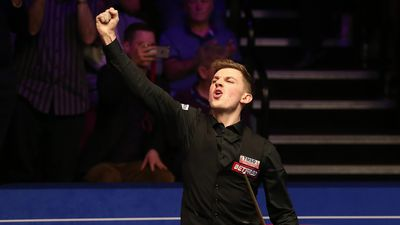 Cahill beats O'Sullivan in shock Crucible victory