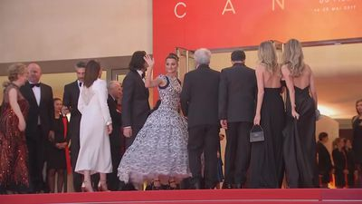 Cannes: Penelope Cruz brings vintage chic to Pain And Glory premiere