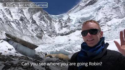 Footage shows British climber on Mount Everest who died on descent