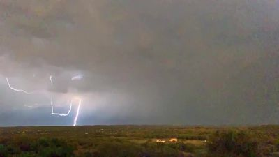 Dramatic lightning display seen in Texas