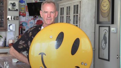 Fatboy Slim set to open Smiley art exhibition