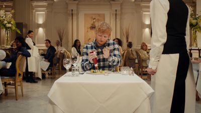 Ed Sheeran stars in Heinz Ketchup advert