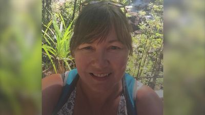 53-year-old divorcee embarks on 'middle aged gap year'