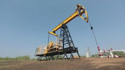 Oil prices keep falling as virus fears weigh