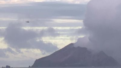 New Zealand recovers bodies from volcanic island
