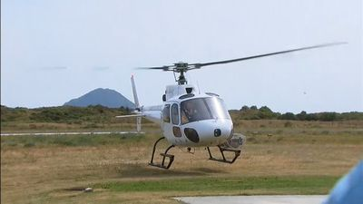 NZ police unable to locate bodies on volcanic island