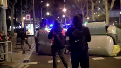 Violent protests return to Barcelona