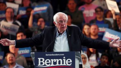 Democratic rivals aim to slow Sanders' momentum