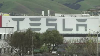 Tesla set to furlough workers and cut salaries