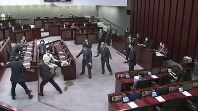 Hong Kong passes controversial national anthem bill