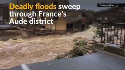 People killed in flashfloods in southern France, waters rising