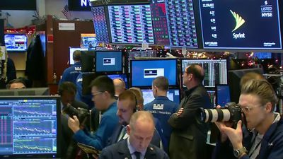 Wall Street plunges 3 percent