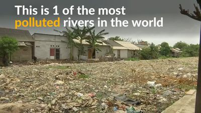 Indonesia battles plastic pollution in toxic river