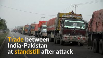 Hundreds of trucks stranded at India-Pakistan border
