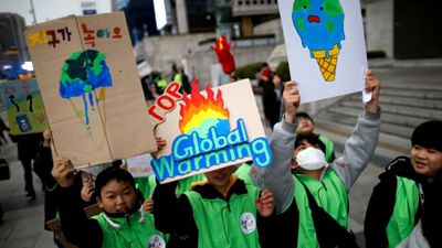 Thousands of students join global climate strike