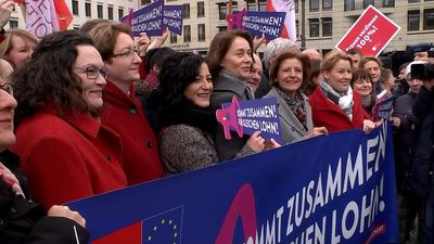 Berlin marks Equal Pay Day with symbolic 21 percent reductions for women