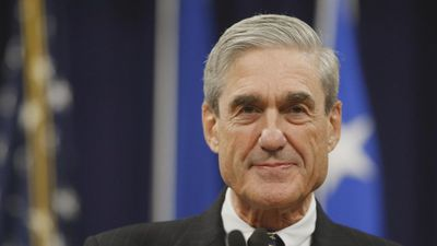 "Democrats ""expect"" full Mueller report by April 2"