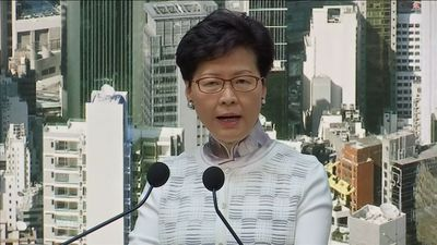 Under pressure, Hong Kong suspends extradition bill