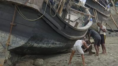 High & dry: fishermen left struggling by Bangladesh fishing ban