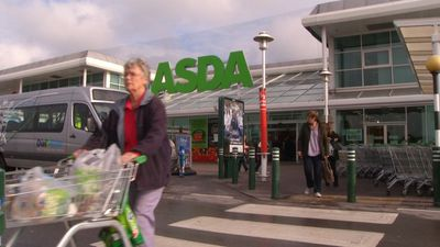 UK: online boosts retail, but ASDA warns on Brexit