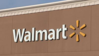 Walmart, strong retail sales boost Wall Street