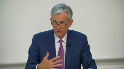 Powell keeps Wall St. rate cut hopes intact