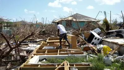 Winds, rains from storm Humberto lash Bahamas
