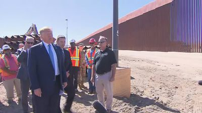 Trump visits 'Rolls Royce' border wall
