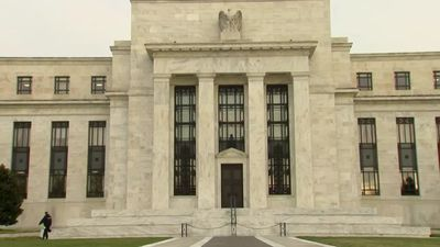 Central banks keep markets guessing