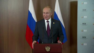 Putin: we hope Trump visits Russia for Victory Day in May