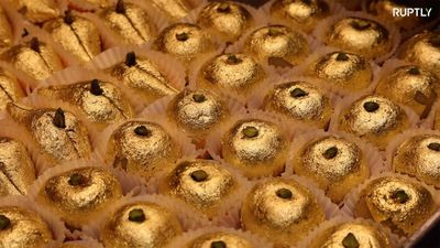 Sweets covered in 24-carat gold a rich taste at $150