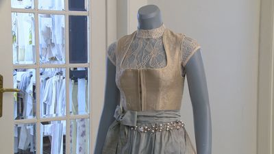 Dress for Dirndlella! Handmade traditional South German dress goes on sale for 46,000